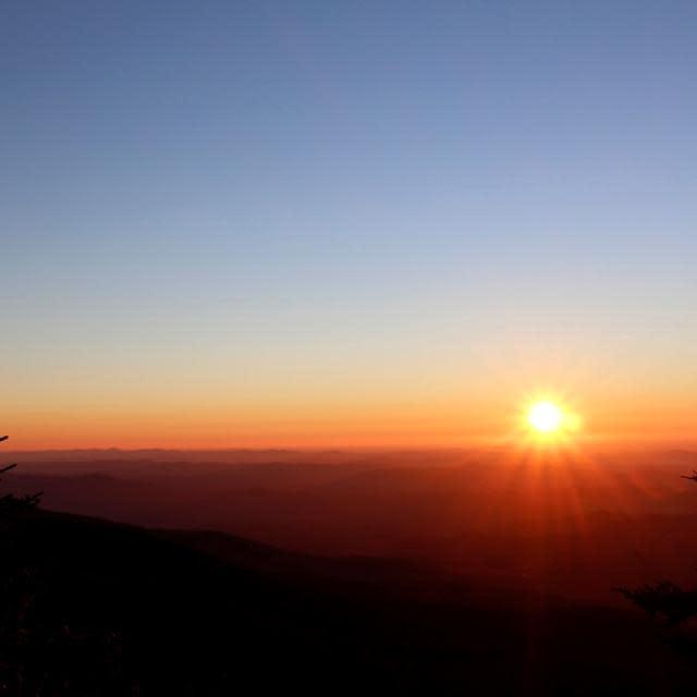 grandfather mountain sunrise